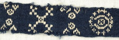 Coptic. <em>Fragment with Geometric Decoration</em>, 6th century C.E. Flax, wool, 9 1/2 x 1 in. (24.1 x 2.5 cm). Brooklyn Museum, Gift of the Egypt Exploration Fund, 15.444a. Creative Commons-BY (Photo: Brooklyn Museum (in collaboration with Index of Christian Art, Princeton University), CUR.15.444A_detail01_ICA.jpg)