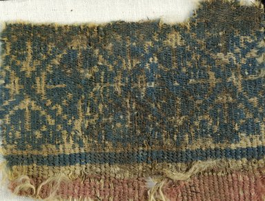 Coptic. <em>Fragment with Lozenge Decoration</em>, 6th century C.E. Wool, 3 1/2 x 5 in. (8.9 x 12.7 cm). Brooklyn Museum, Gift of the Egypt Exploration Fund, 15.448. Creative Commons-BY (Photo: Brooklyn Museum (in collaboration with Index of Christian Art, Princeton University), CUR.15.448_detail01_ICA.jpg)