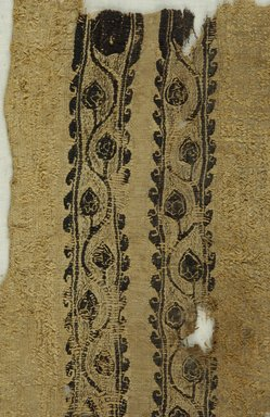 Coptic. <em>2 Band Fragments with Botanical Decoration</em>, 5th-7th century C.E. Flax, wool, 6 1/2 x 13 in. (16.5 x 33 cm). Brooklyn Museum, Gift of the Egypt Exploration Fund, 15.453. Creative Commons-BY (Photo: Brooklyn Museum (in collaboration with Index of Christian Art, Princeton University), CUR.15.453_detail01_ICA.jpg)