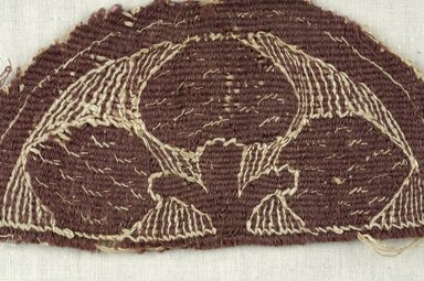 Coptic. <em>2 Fragments with Botanical and Geometric Decoration</em>, 5th century C.E. Flax, wool, 15.467a: 2 3/4 x 5 1/2 in. (7 x 14 cm). Brooklyn Museum, Gift of the Egypt Exploration Fund, 15.467a-b. Creative Commons-BY (Photo: Brooklyn Museum (in collaboration with Index of Christian Art, Princeton University), CUR.15.467A_detail01_ICA.jpg)