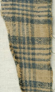 Coptic. <em>Fragment of Plain Cloth Weave</em>, 5th-6th century C.E. Linen, 1 3/4 x 6 1/2 in. (4.4 x 16.5 cm). Brooklyn Museum, Gift of the Egypt Exploration Fund, 15.474j. Creative Commons-BY (Photo: Brooklyn Museum (in collaboration with Index of Christian Art, Princeton University), CUR.15.474J_detail01_ICA.jpg)