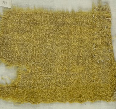 Coptic. <em>Fragment of Tabby Weave</em>, 5th-6th century C.E. Wool, 4 x 5 in. (10.2 x 12.7 cm). Brooklyn Museum, Gift of the Egypt Exploration Fund, 15.475r. Creative Commons-BY (Photo: Brooklyn Museum (in collaboration with Index of Christian Art, Princeton University), CUR.15.475R_ICA.jpg)