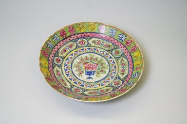 <em>Dish</em>, late 19th century. Porcelain, enamel glazes, Other: 9 5/8 x 9 9/16 in. (24.4 x 24.3 cm). Brooklyn Museum, Gift of Mrs. Charles K. Wilkinson in memory of her husband, 1989.149.15. Creative Commons-BY (Photo: Brooklyn Museum, CUR.1989.149.15.jpg)