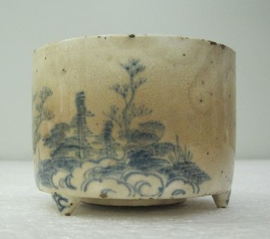 <em>Kyoto ware Incense Burner</em>, 18th century. Glazed earthenware with underglaze blue on white slip ground, height: 2 3/4 in. Brooklyn Museum, Gift of the Estate of Charles A. Brandon, 1991.74.49. Creative Commons-BY (Photo: Brooklyn Museum, CUR.1991.74.49_side_view1.jpg)