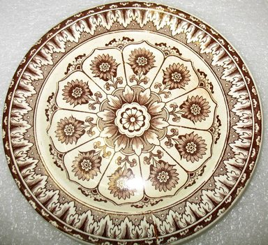 William Brownfield & Sons (1871-1891). <em>Desert Plate, Cyprus Pattern</em>, 1871-1891. Glazed earthenware with transfer printed decoration, height: 7/8 in. (2.2 cm). Brooklyn Museum, Gift of Paul F. Walter, 1993.113.38. Creative Commons-BY (Photo: Brooklyn Museum, CUR.1993.113.38.jpg)