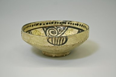 <em>Bowl</em>, 9th-11th century. Earthenware and slip, 2 15/16 x 6 15/16 in. (7.4 x 17.6 cm). Brooklyn Museum, Gift of Mena Rokhsar in memory of Ebrahim Khalil Rokhsar, 1995.187.2. Creative Commons-BY (Photo: Brooklyn Museum, CUR.1995.187.2_exterior.jpg)