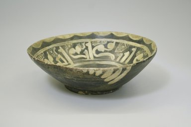 <em>Bowl</em>, 9th-10th century. Ceramic, earthenware, slip, 2 3/4 x 8 1/16 in. (7 x 20.4 cm). Brooklyn Museum, Gift of Mena Rokhsar in memory of Ebrahim Khalil Rokhsar, 1995.187.7. Creative Commons-BY (Photo: Brooklyn Museum, CUR.1995.187.7_exterior.jpg)