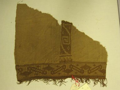 <em>possible Tunic, fragment</em>, 1400-1532. Cotton, warp: (30.0 cm). Brooklyn Museum, Gift of Kay Hodnett Nunez, 1995.47.18. Creative Commons-BY (Photo: Brooklyn Museum, CUR.1995.47.18.jpg)