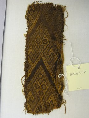 <em>Textile Fragment, Undetermined</em>, 1400-1532. Cotton, camelid fiber, (6.7 x 19.0 cm). Brooklyn Museum, Gift of Kay Hodnett Nunez, 1995.84.10. Creative Commons-BY (Photo: Brooklyn Museum, CUR.1995.84.10.jpg)