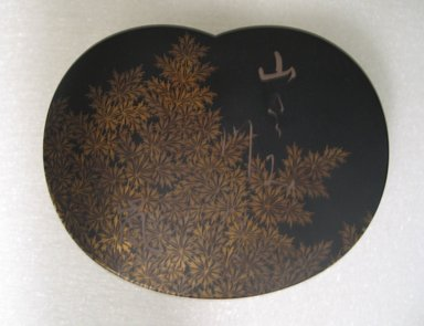 <em>Tiered Incense Container</em>, 19th century. Maki-e lacquer, height: 1 7/8 in. (4.8 cm). Brooklyn Museum, Gift of Freda Diamond, 1996.121.3a-c. Creative Commons-BY (Photo: Brooklyn Museum, CUR.1996.121.3a-c_top.jpg)