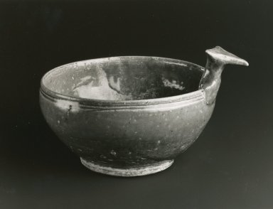 <em>Drinking Bowl, Yue Ware</em>, 265-588 C.E. Glazed stoneware, 4 1/8 x 6 7/8 in. Brooklyn Museum, Gift of George and Katharine Fan, 1996.26.9. Creative Commons-BY (Photo: Brooklyn Museum, CUR.1996.26.9_bw.jpg)