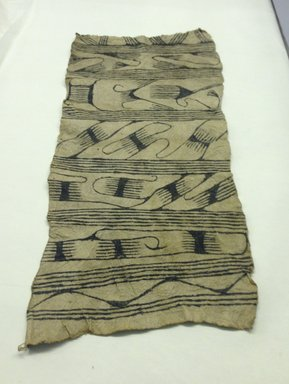 Mbuti Efe. <em>Loin Cloth</em>, 20th century. Bark cloth, pigment, 14 x 31 1/2 in.  (35.6 x 80.0 cm). Brooklyn Museum, Purchase gift of Beatrice Riese, 1997.19.5. Creative Commons-BY (Photo: Brooklyn Museum, CUR.1997.19.5.jpg)