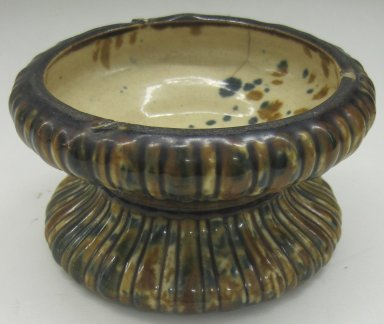 Unknown. <em>Jardinière and Stand</em>, 19th or 20th century. Glazed earthenware, a-Stand: 3 1/2 x 6 1/4 x 6 1/4 in.  (8.9 x 15.9 x 15.9 cm). Brooklyn Museum, Gift of Paul F. Walter, 1999.108.15a-b. Creative Commons-BY (Photo: Brooklyn Museum, CUR.1999.108.15a.jpg)