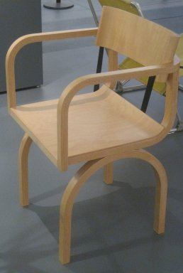 Montina International Srl. <em>Armchair, Cramer Line</em>, Designed 1995. Laminated bentwood, 32 x 19 3/4 x 20 1/8 in. (81.3 x 50.2 x 51.1 cm). Brooklyn Museum, Gift of Montina International Srl, 2000.23. Creative Commons-BY (Photo: Brooklyn Museum, CUR.2000.23.jpg)