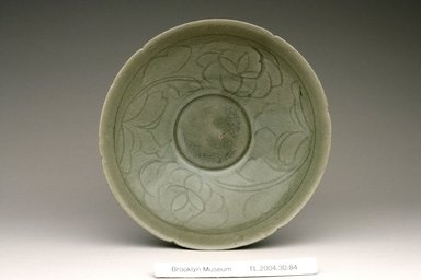 <em>Bowl</em>, 12th century. Stoneware with celadon glaze, Height: 2 3/16 in. (5.5 cm). Brooklyn Museum, The Peggy N. and Roger G. Gerry Collection, 2004.28.102. Creative Commons-BY (Photo: Brooklyn Museum (in collaboration with National Research Institute of Cultural Heritage, , CUR.2004.28.102_view1_Heon-Kang_photo_NRICH.jpg)