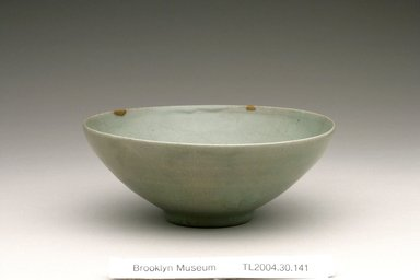 <em>Bowl</em>, 12th century. Stoneware with celadon glaze, Height: 2 5/16 in. (5.8 cm). Brooklyn Museum, The Peggy N. and Roger G. Gerry Collection, 2004.28.168. Creative Commons-BY (Photo: Brooklyn Museum (in collaboration with National Research Institute of Cultural Heritage, , CUR.2004.28.168_view1_Heon-Kang_photo_NRICH.jpg)