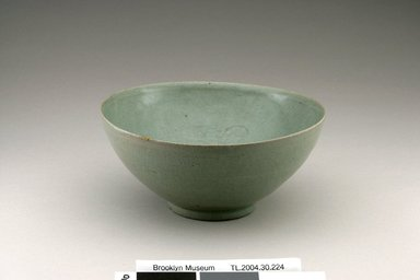 <em>Bowl</em>, first half 12th century. Stoneware with celadon glaze, 3 3/16 x 7 5/16 in. (8.1 x 18.5 cm). Brooklyn Museum, The Peggy N. and Roger G. Gerry Collection, 2004.28.246. Creative Commons-BY (Photo: Brooklyn Museum (in collaboration with National Research Institute of Cultural Heritage, , CUR.2004.28.246_view1_Heon-Kang_photo_NRICH.jpg)