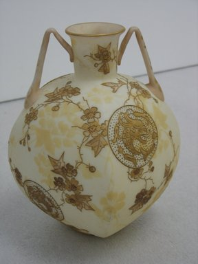 attributed Mount Washington Glass Company (1837-1894). <em>Vase</em>, ca. 1885. Glass, gilding, 8 x 6 7/8 in. (20.3 x 17.5 cm). Brooklyn Museum, Gift of Paul F. Walter, 2007.62.21. Creative Commons-BY (Photo: Brooklyn Museum, CUR.2007.62.21_view1.jpg)