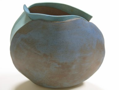 Dorothy Hafner (American, born 1953). <em>Vase</em>, 1982. Matte glazed earthenware, 12 7/8 x 12 3/4 x 5 in. (32.7 x 32.4 x 12.7 cm). Brooklyn Museum, Gift of the artist, 2009.28. Creative Commons-BY (Photo: Brooklyn Museum, CUR.2009.28.jpg)