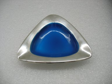 Milton P. Hannah (American, born 1927). <em>Ash Tray</em>, designed 1958, manufactured 1962-1972. Silver-plate, enamel, 1 13/16 x 5 1/8 x 5 1/8 in. (4.6 x 13 x 13 cm). Brooklyn Museum, Gift of Jewel Stern, 2010.29.3. Creative Commons-BY (Photo: Brooklyn Museum, CUR.2010.29.3.jpg)