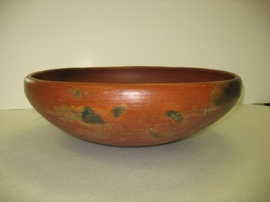 Kewa (Santo Domingo Pueblo). <em>Dough Bowl</em>, late 19th-early 20th century. Clay, 7 1/8 x 21 3/4 in. (18.1 x 55.2 cm). Brooklyn Museum, Gift of Constance L. and Henry Christensen III, 2010.5.1. Creative Commons-BY (Photo: Brooklyn Museum, CUR.2010.5.1_view1.jpg)