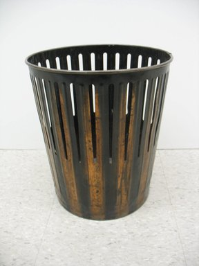 Erie Art Metal Company (late 19th-early 20th century). <em>Waste Basket</em>, ca. 1910. Copper, height: 14 1/2 in. (36.8 cm). Brooklyn Museum, Brooklyn Museum Collection, 2012.68. Creative Commons-BY (Photo: Brooklyn Museum, CUR.2012.68_view1.jpg)