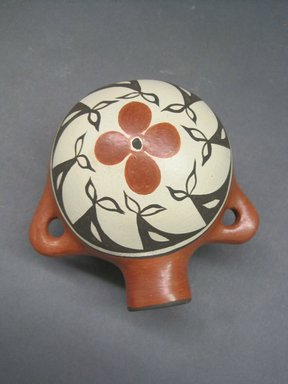 Zia Pueblo. <em>Canteen</em>, late 20th century. Clay, pigment, height: 4 3/4 in. (12 cm). Brooklyn Museum, Gift of Joan and Sanford Krotenberg, 2013.64.10. Creative Commons-BY (Photo: Brooklyn Museum, CUR.2013.64.10.jpg)