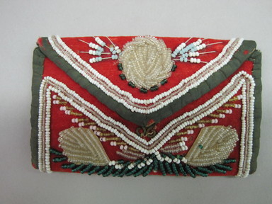 Iroquois. <em>Pocket Book</em>, ca. 1856. Velvet, beads, cloth, open: 4 × 1/8 × 6 in. (10.2 × 0.3 × 15.2 cm). Brooklyn Museum, Gift of the Edward J. Guarino Collection in memory of Josephine M. Guarino, 2016.11.21. Creative Commons-BY (Photo: , CUR.2016.11.21_front.jpg)