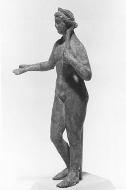 Roman. <em>Statuette of Standing Nude Venus</em>. Bronze Brooklyn Museum, Bequest of William H. Herriman, 21.442. Creative Commons-BY (Photo: Brooklyn Museum, CUR.21.442_NegL278_5_print_bw.jpg)
