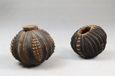 Nguni. <em>Pair of Snuff Containers</em>, late 19th century. Wood with cork lid, a: H: 1.75in. (4.4cm). Brooklyn Museum, Gift of Thomas A. Eddy, 22.1070a-b. Creative Commons-BY (Photo: Brooklyn Museum, CUR.22.1070a-b_front_PS5.jpg)