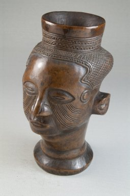 Kuba. <em>Single Head Goblet (Mbwoongntey)</em>, 19th century. Wood, 6 1/2 x 4 x 4 in. (16.5 x 10.2 x 10.2 cm). Brooklyn Museum, Museum Expedition 1922, Robert B. Woodward Memorial Fund, 22.126. Creative Commons-BY (Photo: Brooklyn Museum, CUR.22.126_threequarter_PS5.jpg)