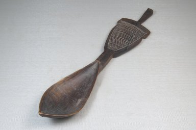 <em>Spoon</em>, late 19th-early 20th century. Wood, 2 1/8 x 10 1/4 in. (5.4 x 26 cm). Brooklyn Museum, Museum Expedition 1922, Robert B. Woodward Memorial Fund, 22.1397. Creative Commons-BY (Photo: Brooklyn Museum, CUR.22.1397_threequarter_PS5.jpg)