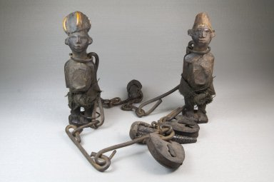 Sundi. <em>Chain with Figures</em>, late 19th or early 20th century. Iron, wood, fiber, glass mirror, bird beaks, duiker horns, cloth, medicinal material, 21 1/2in. (54.6cm). Brooklyn Museum, Museum Expedition 1922, Robert B. Woodward Memorial Fund, 22.1431. Creative Commons-BY (Photo: Brooklyn Museum, CUR.22.1431_front_PS5.jpg)
