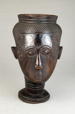 Kuba. <em>Single Head Goblet (Mbwoongntey)</em>, early 20th century. Wood, 6 11/16 x 4 5/16 in. (17 x 11 cm). Brooklyn Museum, Museum Expedition 1922, Robert B. Woodward Memorial Fund, 22.153. Creative Commons-BY (Photo: Brooklyn Museum, CUR.22.153_front_PS5.jpg)