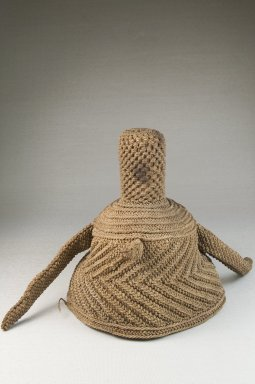Kuba (Nkutshu subgroup). <em>Basketry Cap for Chief</em>, late 19th century. Raffia, 7 x 8 1/2 x 8 1/2 in. (17.8 x 21.6 x 21.6 cm). Brooklyn Museum, Museum Expedition 1922, Robert B. Woodward Memorial Fund, 22.1607. Creative Commons-BY (Photo: Brooklyn Museum, CUR.22.1607_front_PS5.jpg)