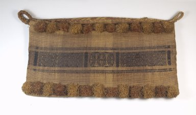 <em>Bag</em>. Grass Brooklyn Museum, Museum Expedition 1922, Robert B. Woodward Memorial Fund, 22.1611. Creative Commons-BY (Photo: Brooklyn Museum, CUR.22.1611_top_PS5.jpg)