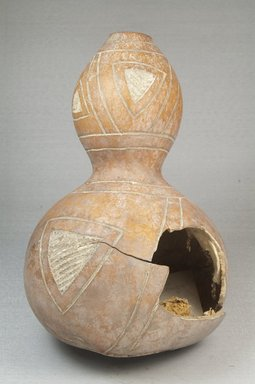 <em>Calabash</em>, before 1922. Gourd, height: 8 11/16 in. (22 cm); diameter: 5 5/16 in. (13.5 cm). Brooklyn Museum, Museum Expedition 1922, Robert B. Woodward Memorial Fund, 22.358. Creative Commons-BY (Photo: Brooklyn Museum, CUR.22.358_front_PS5.jpg)