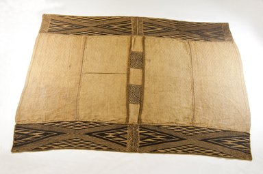 Mbuun. <em>Raffia Cloth</em>, 19th century., 41 1/2 x 28 1/2 in. (105.0 x 71.0 cm). Brooklyn Museum, Museum Expedition 1922, Robert B. Woodward Memorial Fund, 22.471. Creative Commons-BY (Photo: Brooklyn Museum, CUR.22.471_top_PS5.jpg)