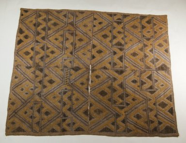 Kuba. <em>Raffia Cut-Pile Cloth</em>, 19th century. Raffia, 27 9/16 x 22 13/16 in. (70 x 58 cm). Brooklyn Museum, Museum Expedition 1922, Robert B. Woodward Memorial Fund, 22.553. Creative Commons-BY (Photo: Brooklyn Museum, CUR.22.553_top_PS5.jpg)