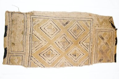 Kuba. <em>Raffia Cloth</em>, 19th century. Raffia, 18 7/8 x 8 1/2 in. (48.0 x 21.6 cm)9. Brooklyn Museum, Museum Expedition 1922, Robert B. Woodward Memorial Fund, 22.562. Creative Commons-BY (Photo: Brooklyn Museum, CUR.22.562_top_PS5.jpg)