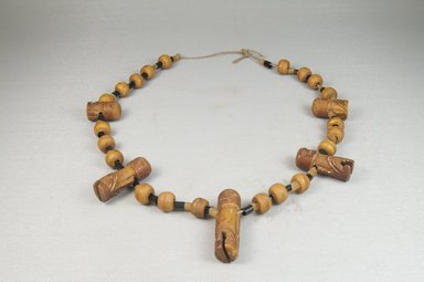 <em>Necklace</em>, before 1922. Wood, string, wire, length: 24 13/16 in. (63 cm). Brooklyn Museum, Gift of Thomas A. Eddy, 22.588. Creative Commons-BY (Photo: Brooklyn Museum, CUR.22.588_front_PS5.jpg)