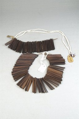 <em>Necklace</em>, early 20th century. Wood, beads, fiber, 1 1/2 x 31 1/2 in. (3.8 x 80 cm). Brooklyn Museum, Gift of Thomas A. Eddy, 22.645. Creative Commons-BY (Photo: Brooklyn Museum, CUR.22.645_front_PS5.jpg)