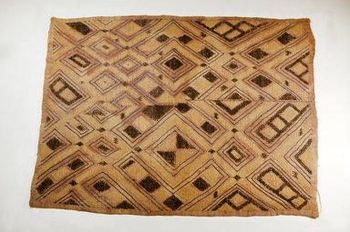 Kuba. <em>Raffia Cloth</em>, 19th century. Raffia, 102.5 x 7.0 cm. Brooklyn Museum, Museum Expedition 1922, Robert B. Woodward Memorial Fund, 22.682. Creative Commons-BY (Photo: Brooklyn Museum, CUR.22.682_top_PS5.jpg)
