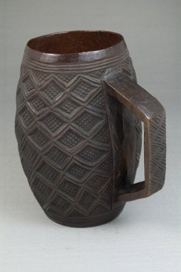 Kuba. <em>Goblet</em>, early 20th century. Wood, 5 1/2 x 2 5/8 in. (14 x 6.7 cm). Brooklyn Museum, Brooklyn Museum Collection, 22.805. Creative Commons-BY (Photo: Brooklyn Museum, CUR.22.805_front_PS5.jpg)