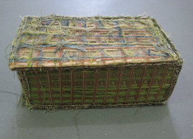 <em>Box for Prayer Book</em>, 17th century. Silk, silver wire, 2 1/2 x 5 x 3 in. (6.4 x 12.7 x 7.6 cm). Brooklyn Museum, Gift of Mrs. John Alexander, 24.365b. Creative Commons-BY (Photo: Brooklyn Museum, CUR.24.365b_detail.jpg)