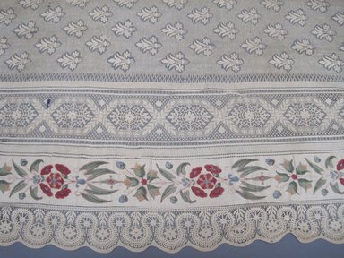 <em>Curtain</em>, early 20th century. Lace, 57 1/2 x 113 in. (146.1 x 287 cm). Brooklyn Museum, 25264. Creative Commons-BY (Photo: Brooklyn Museum, CUR.25264_detail1.jpg)