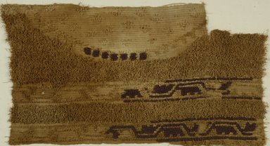 Coptic. <em>Fragment with Medallion with Botanical Decoration</em>, 4th century C.E. Flax, wool, 13 x 22 in. (33 x 55.9 cm). Brooklyn Museum, Gift of the Long Island Historical Society, 26.738. Creative Commons-BY (Photo: Brooklyn Museum (in collaboration with Index of Christian Art, Princeton University), CUR.26.738_ICA.jpg)