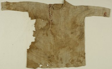 Coptic. <em>Child's Tunic with Geometric Decoration</em>, 5th century C.E. Flax, wool, 21 x 35 in. (53.3 x 88.9 cm). Brooklyn Museum, Gift of the Long Island Historical Society, 26.750. Creative Commons-BY (Photo: Brooklyn Museum (in collaboration with Index of Christian Art, Princeton University), CUR.26.750_ICA.jpg)