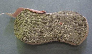 <em>Pin Cushion</em>, late 19th century. Silk, 2 3/4 x 1 1/4 in. (7 x 3.2 cm). Brooklyn Museum, 27.184.5 (Photo: Brooklyn Museum, CUR.27.184.5.jpg)