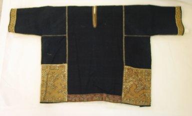 Loi. <em>Shirt</em>., 21 5/8 x 39 3/4 in. (55 x 101 cm). Brooklyn Museum, Robert B. Woodward Memorial Fund, 27333. Creative Commons-BY (Photo: Brooklyn Museum, CUR.27333_overall.jpg)